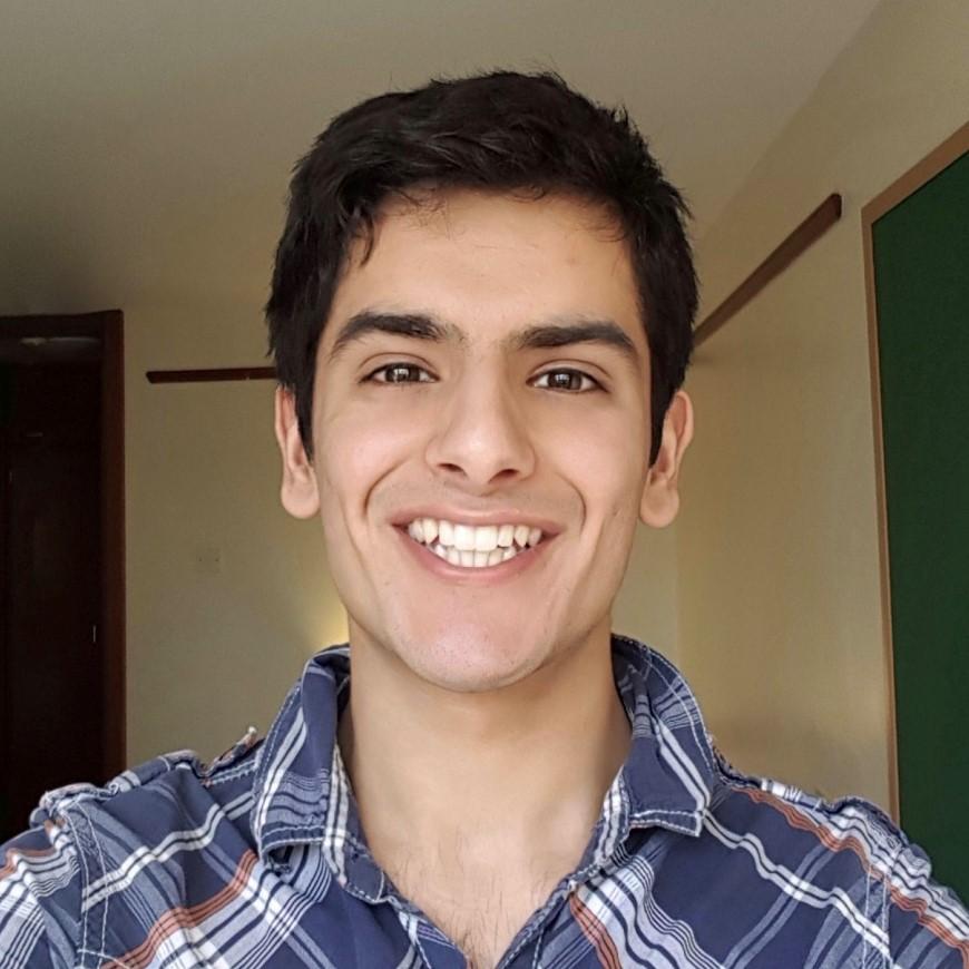 Portrait photo of Akil Hashmi