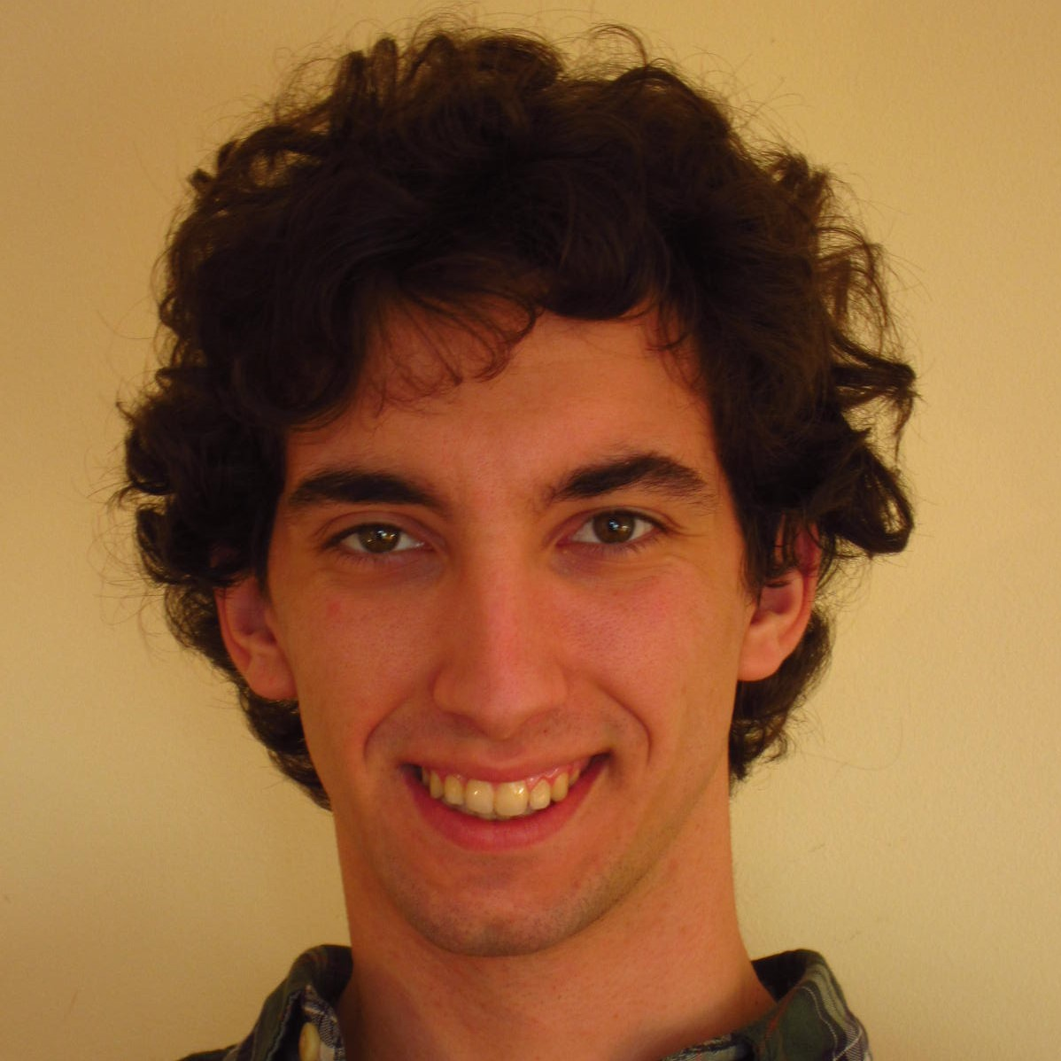 Portrait photo of Marcel Llavero Pasquina