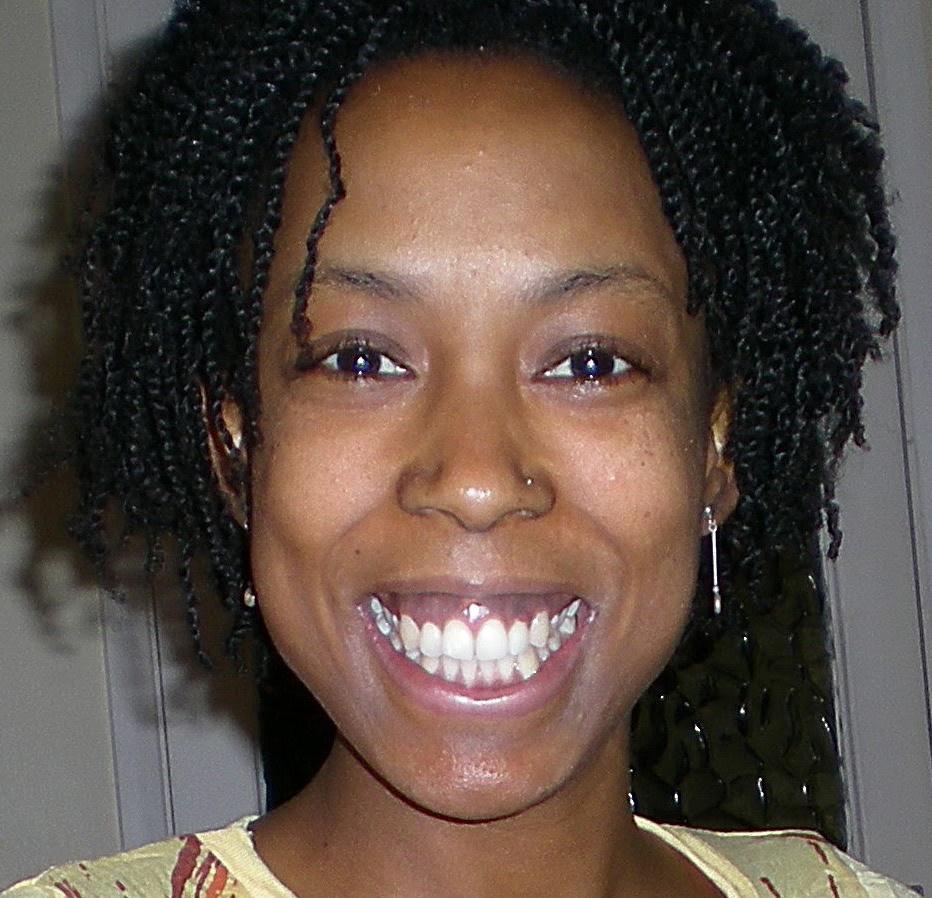 Portrait Photo of Sharon Walker